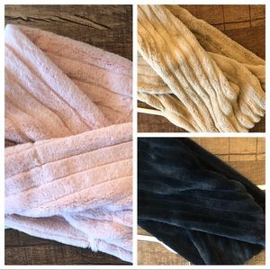 INFINITY SCARVES THREE COLORS
